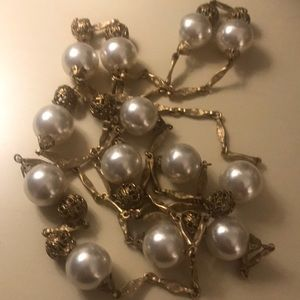 Vintage gold and pearl costume style necklace